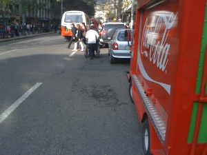 Silla de ruedas por la calle