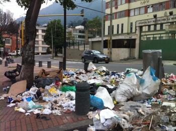 Cr 5, Calle vuelta basurero