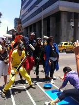 Los super héroes de la bicicleta apoyando la causa