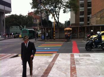 Queremos una ciudad donde caminar sea seguro para nuestros adultos mayores
