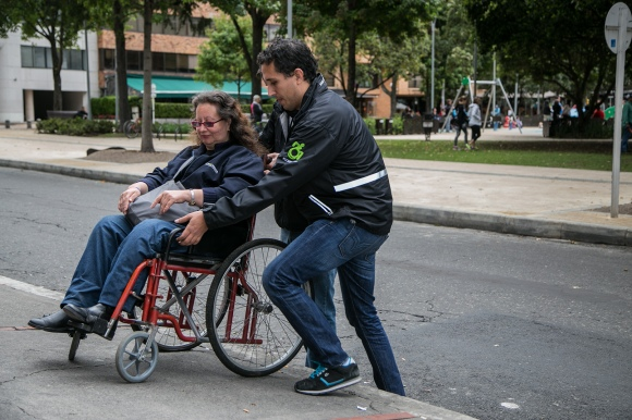 Foto: Roberto Escallón, La Ciudad Verde, CIDCCA invitó al público del Parque a vivir la ciudad en silla de ruedas